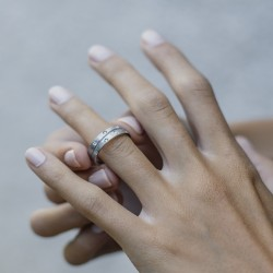 OLIVIA-Anillo de compromiso oro blanco